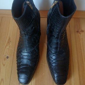 Yves Saint Laurent Shoes - Men's YVES SAINT LAURENT Python Jonny Boots EU 45